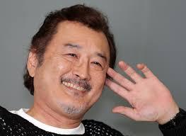 吉田鋼太郎の結婚相手の銀座のママA子さんは誰?元嫁や元カノについて!