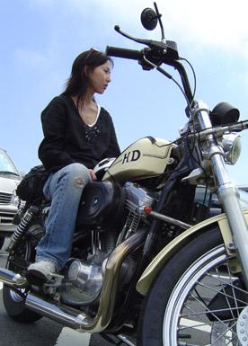 吉田真由子バイク
