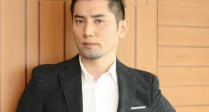 本木雅弘がテレビで一目惚れしたMとIは誰?