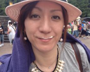 野々村(川谷)友紀子は2丁拳銃修士の嫁!可愛い娘や芸人時代について!